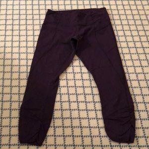 Dark purple Lululemon calf length leggings